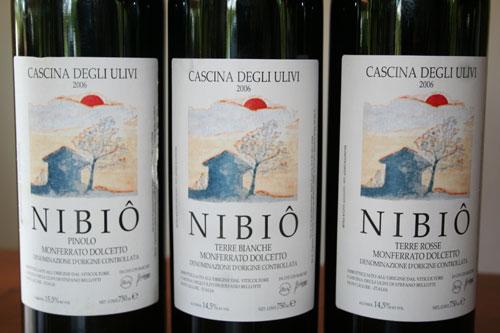 Tre bottiglie di Nibio di Cascina degli Ulivi, vino biodinamico