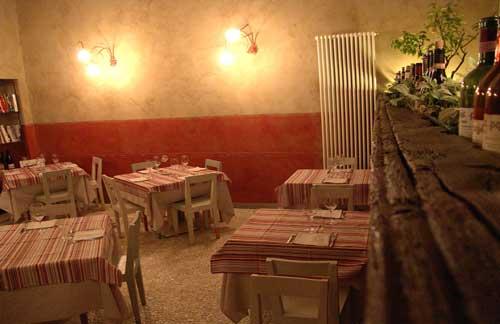 Una sala del ristorante consorzio di Torino