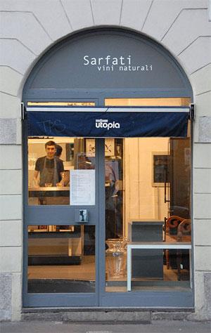 La vineria Sarfati presso libreria utopia a milano