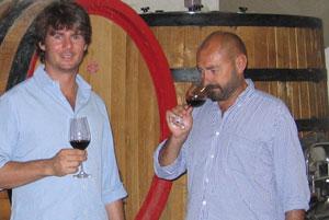 Guido Zampaglione e Giulio Armani degustano i vini di Tenuta Grillo