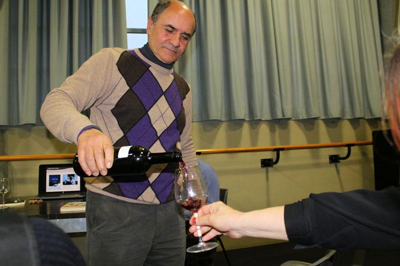 Il prof. Orlando Sculli presenta i vitigni antichi calabresi a Sorgentedelvino LIVE